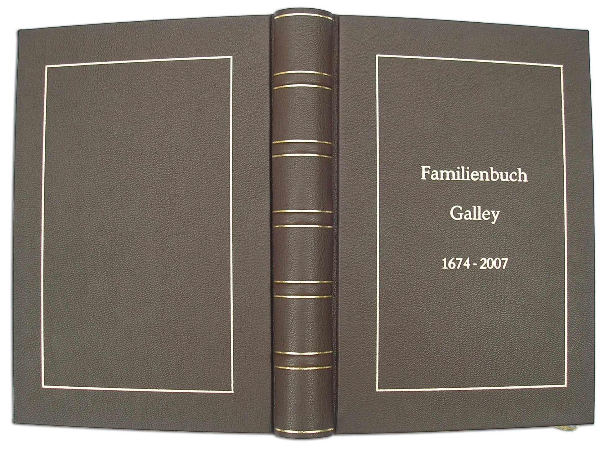 Familienbuch in Leder
